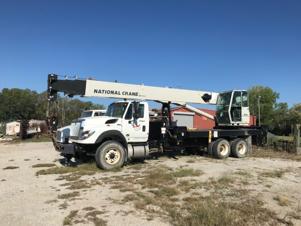 2011 National 1400A Boom Truck